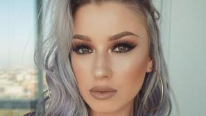 درجات صبغات الشعر الرمادي موضة متجددة للمرأة الجريئة