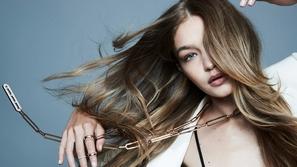 تسريحات شعر ذيل الحصان الطويل لعارضة الأزياء جيجي حديد - Gigi Hadid