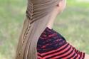 الشعر المنسدل الأملس مع خصل رفيعة وضفيرة