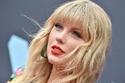 تسريحات المغنية الجميلة تيلور سويفت Taylor Swift! صورة 2