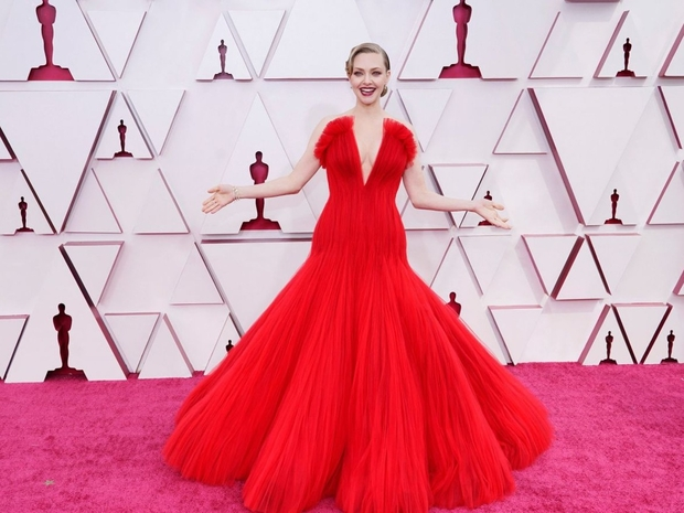 4 نجمات ارتدين الأحمر في حفل جوائز الأوسكار