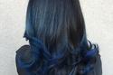 صبغات أطراف الشعر - الأطارف الزرقاء جذابة مع الأسود