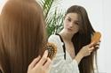 العناية المنتظمة لتأخير ظهور الشعر الأبيض