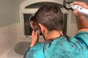 بالصور: خطوات حلاقة الشعر بالمقص وماكينة الحلاقة للحصول على قصة عصرية