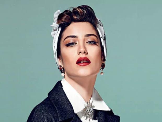 تسريحات الممثلة التركية نهال