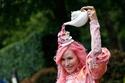 إليكِ أبرز إطلالات القبعات النسائية في سباق رويال أسكوت 1