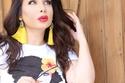 تسريحات سهلة بأسلوب شيماء علي - شعر ويفي من الأطراف بلون داكن