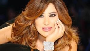 تاجُكِ: تسريحات النجمة اللبنانية نجوى كرم!