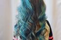 صبغات شعر أزرق - تداخل الأزرق بصورة رائعة مع باقي الألوان