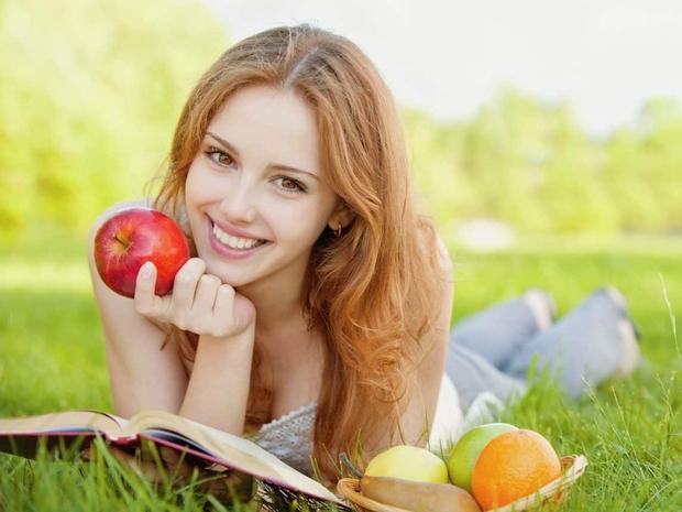 التفاح للشعر والبشرة: 10 فوائد رائعة!