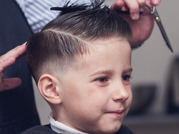 قص شعر الأطفال قبل عيد الأضحى