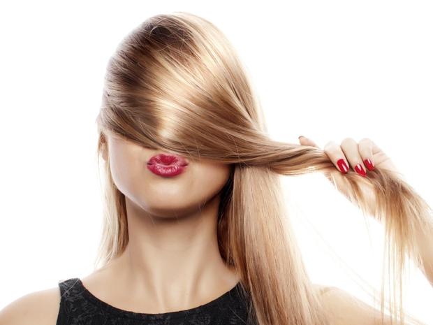 كيف تعرفين مسامية وبروتين شعرك؟