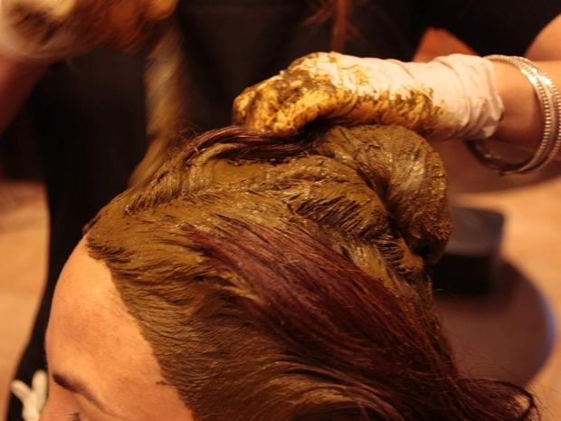 خلطات حناء لتكثيف الشعر