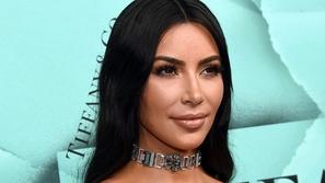 فيديو: شاهدي كيف تغيرت تسريحة كيم كارداشيان  Kim Kardashian عبر الزمن